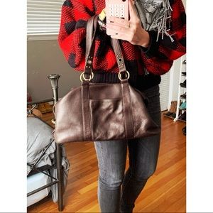 HOBO LEATHER SHOULDER BAG - BARELY USED